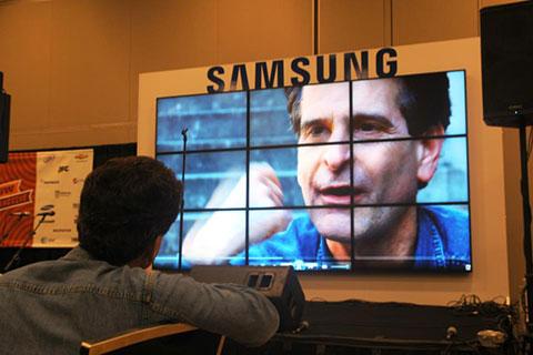 Samsung_BloggerLounge_Dean-KamenonDeanKamen_Esteban-Contreras